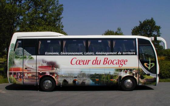 http://www.frouin-pub.fr/sites/default/files/imagecache/fulldimensions/bus-coeur-de-bocage_0.jpg
